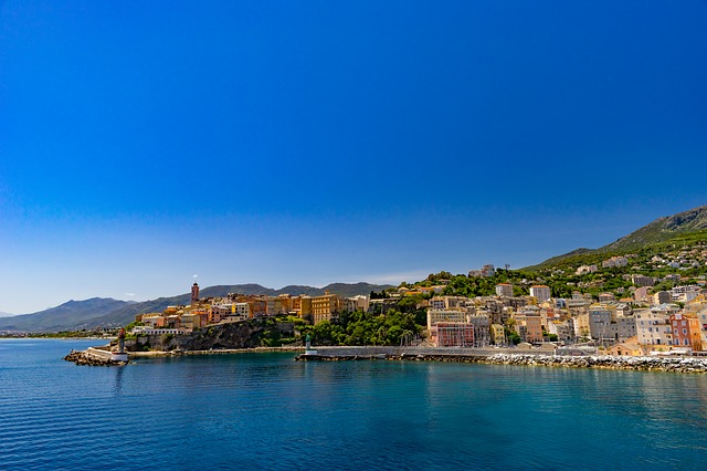 Sightseeing in Corsica by Car