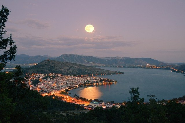 Top Holiday Destinations in Greece
