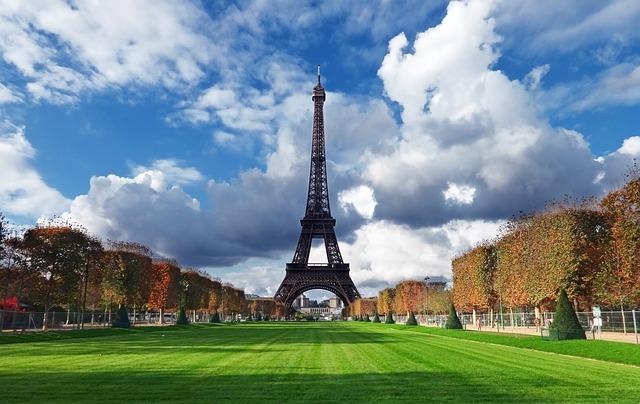 Cheap City Breaks to Paris France